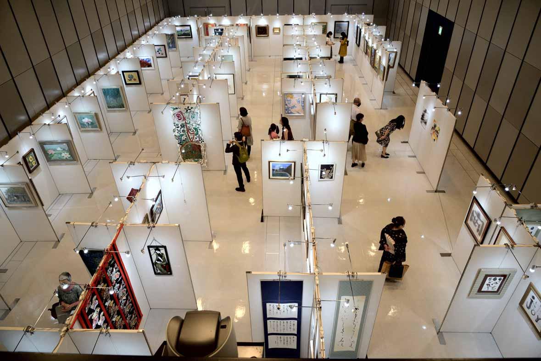 日本とアジアの同胞による2020スポーツ支援美術展 令和の栄冠 開催報告